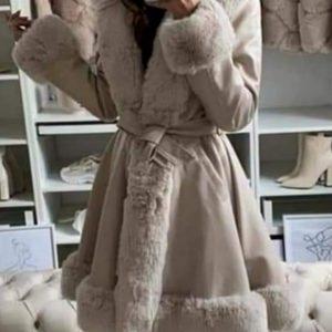 Hosszított velúr szőrmés kabát